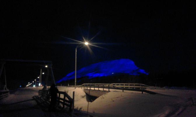 Saana at night, mobile