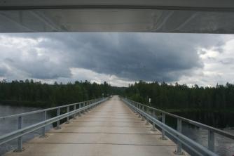 The bridge at Paatsjoki river