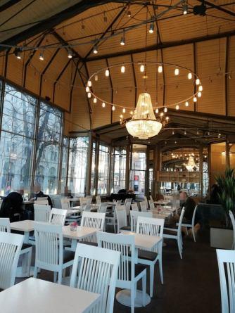 Restaurant Kappeli inside